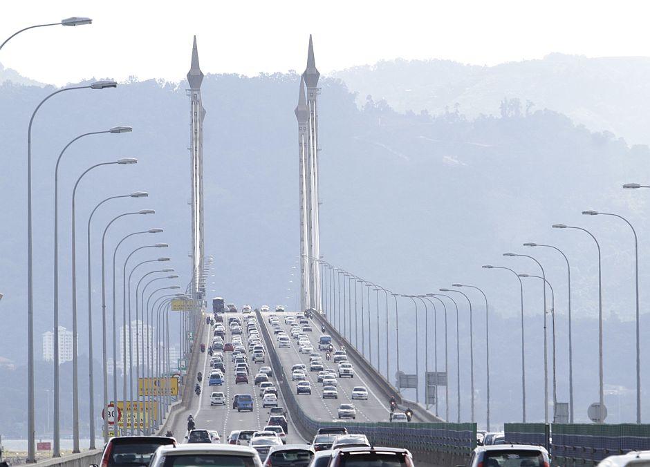 Partial bridge closure for maiden ride